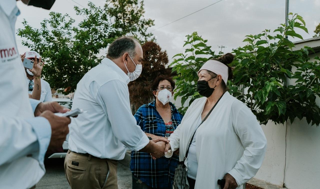 Reciben a Marco Quezada vecinos de la colonia Diego Lucero y del Saucito