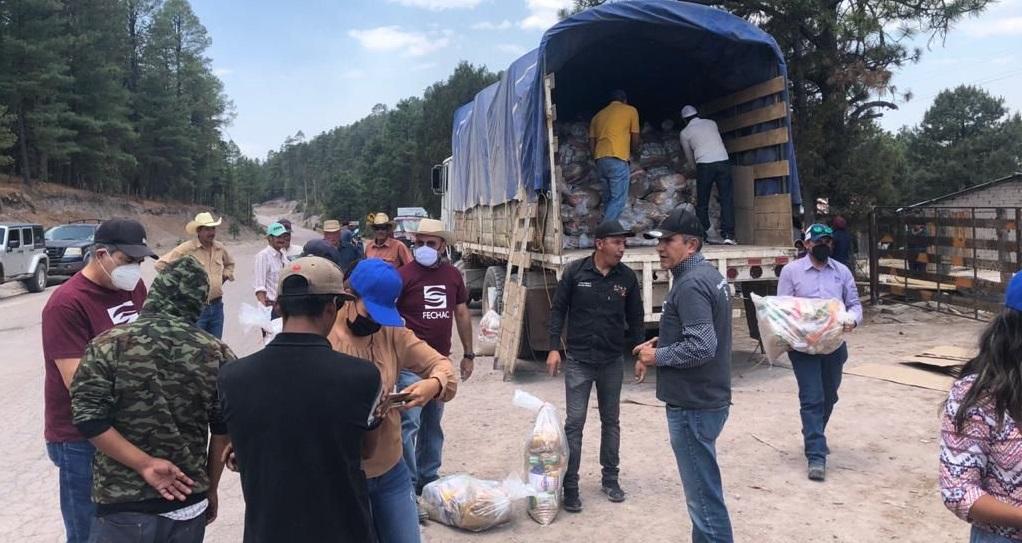 Entregan FECHAC y municipio despensas a comunidades de Guadalupe y Calvo