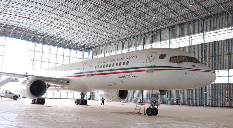 Vende Gobierno de México el antiguo avión presidencial