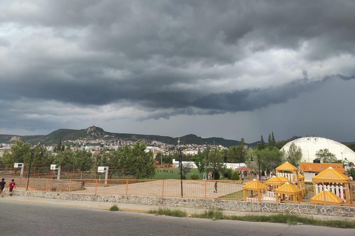 Pronostican fuertes lluvias en las próximas horas