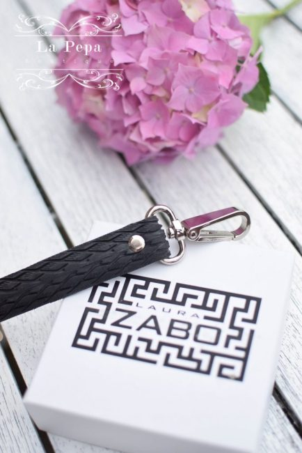 Ethical pets | Laura Zabo Upcycled Tyre Dog Lead