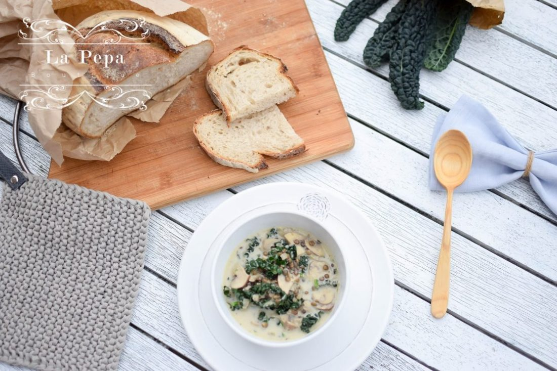 Seasonal Food | Creamy Mushroom, Kale and Lentils Soup 1