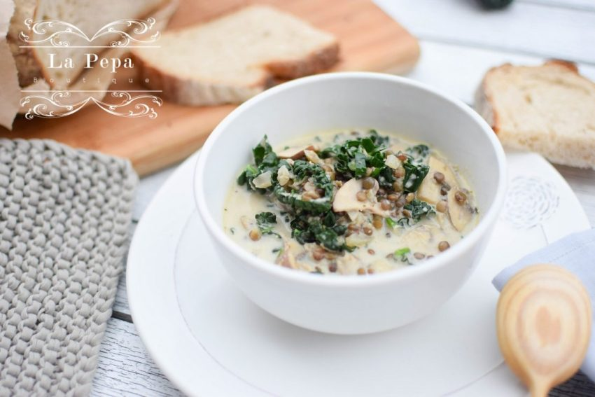 Seasonal Food | Creamy Mushroom, Kale and Lentils Soup 9