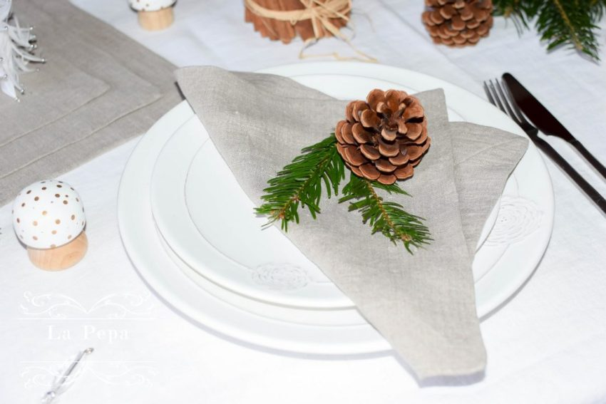 Eco Christmas | A Luxurious yet Natural Look with Table Linen 10