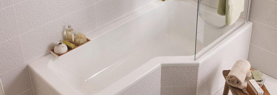 Une Salle De Bain Qui Permet De Concilier Bain Et Douche