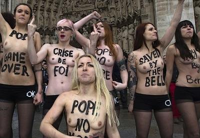 Les Femen, féministes hystériques et  avatar consternant de la société du spectacle