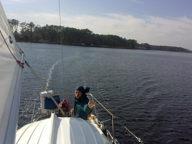 Motor sailing on the Intracoastal Waterway