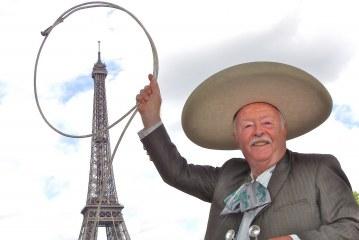"""Portrait – François Gouygou dit """"el Charro Frances"""" fête ses 50 ans de chanson mexicaine….(Video)"""