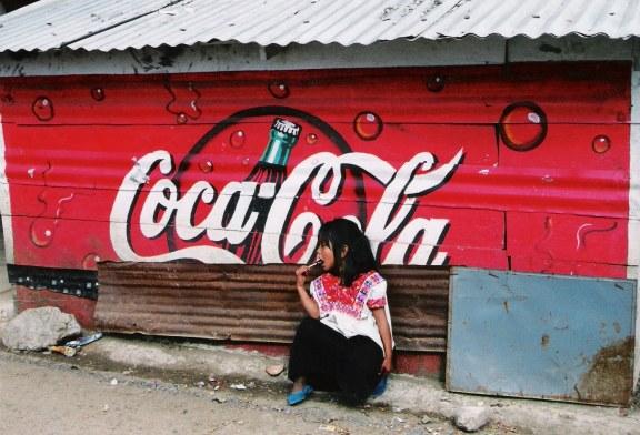 Video/Documentaire – Le Mexique, un pays colonisé par la marque «Coca-Cola !