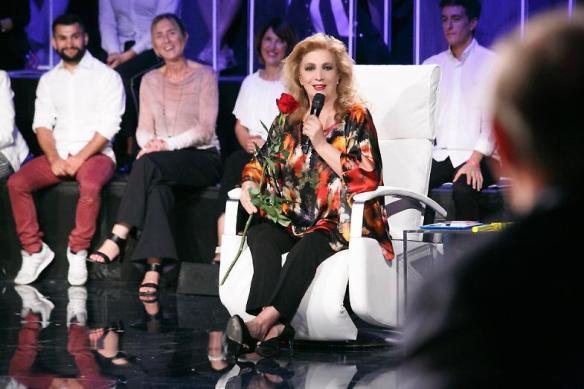Iva Zanicchi: 'Canto la mia vita con tanta ironia'