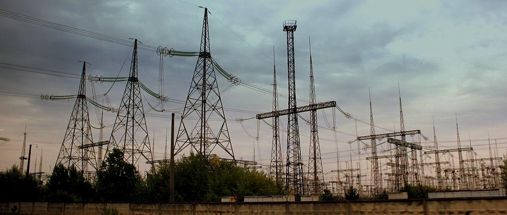chernobil-pylons