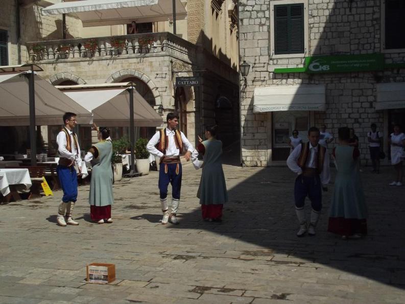 balli tradizionali a Cattaro