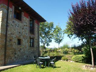 Jardín particular de La Cuadrina en Romillo, Arriondas