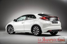 2014_honda_civic_euro_spec_rear