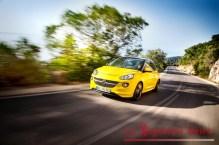 Opel-ADAM-281505-medium