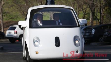 Google_Car_incidente