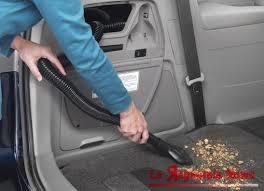 aspirapolvere-in-auto