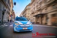 media-volkswagen-e-up_polizia-di-stato_0022