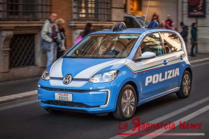 media-volkswagen-e-up_polizia-di-stato_0042