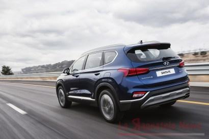 2019-Hyundai-Santa-Fe-strada7