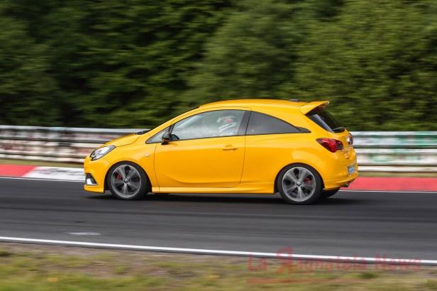 Opel-Corsa-GSi-503385_0