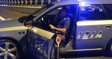 Caserta. Rubano due auto a Bologna, PolStrada ferma un albanese alla guida di una di esse dopo inseguimento