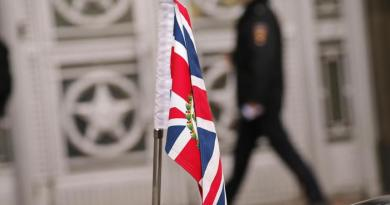 Mosca espelle 23 diplomatici britannici