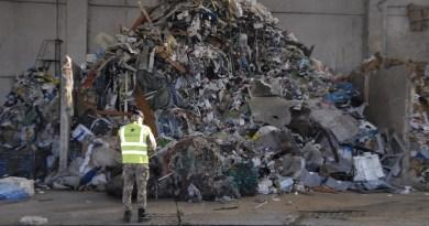 (FOTO) Illecita gestione di rifiuti: blitz Interforze nel Napoletano