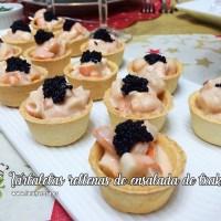Tartaletas rellenas de ensalada de txaka