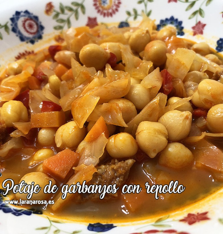 Potaje de garbanzos y repollo