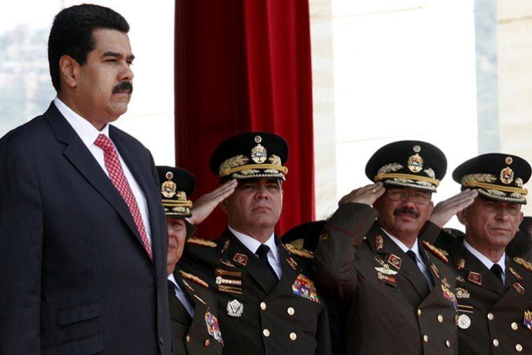 La dictadura es militar