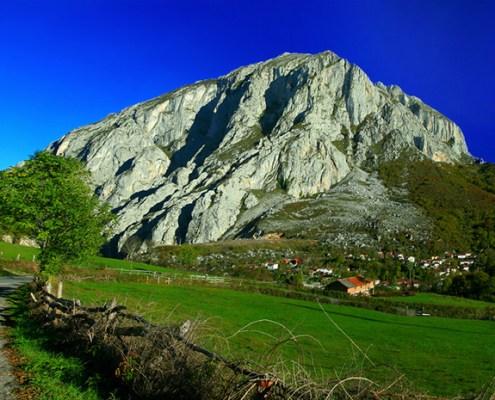 Entorno casa rural L'Arboleu Asturias Teverga