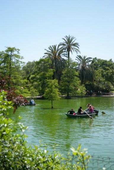 barque-parc-de-la-citadelle-barcelone