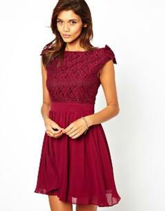 robe-tenue-mariage-bordeaux-asos