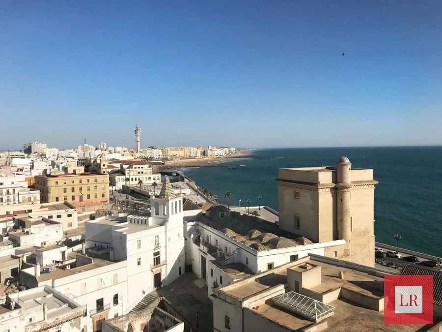 Vistas de la Bahía de Cádiz desde la torre de la catedral.