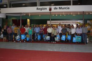 Visitantes cehegineros en la Feria agrícola IFEPA