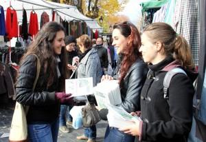 Ecoinformadores en el mercado semanal de Caravaca