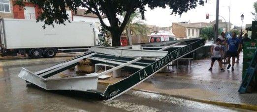 Cae el techo de una terraza en Alhama