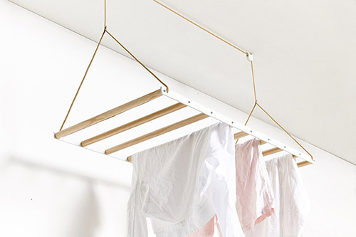 La Revue Du Design Blog Archive Un Etendoir A Linge Suspendu Par George Willy