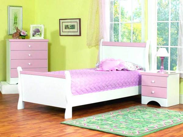 Glorious Kids Room Set 007 – Bed Frame With 2 Night Stands With 4 Layers Chest of Drawers