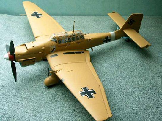 Airfix 124th Tropical Stuka Large Scale Planes