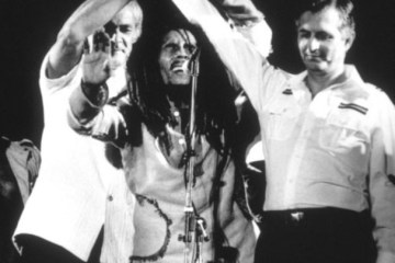 singer-bob-marley-joined-tha-hands-rivals-michael-manley-edward-seaga