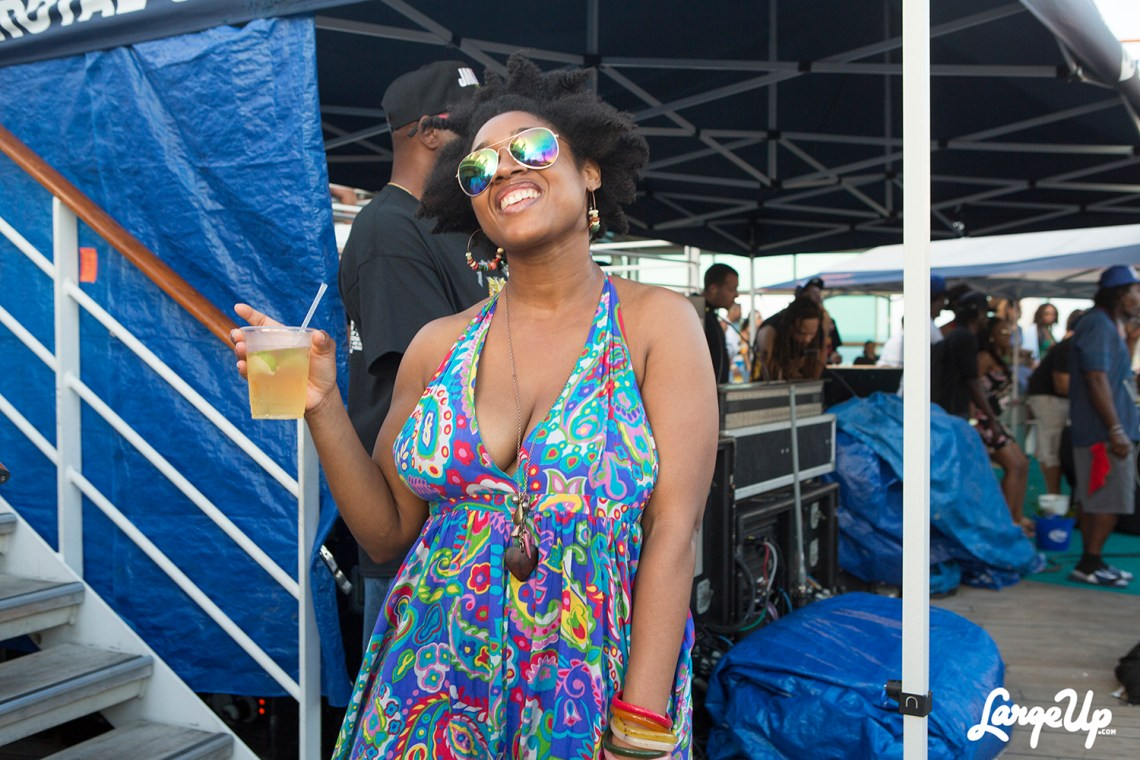 welcome-to-jamrock-reggae-cruise-deck-vibes-3