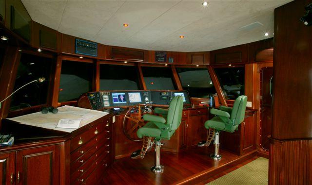 86 Cape Scott Marine Long Range Yacht Amnesia IV Large