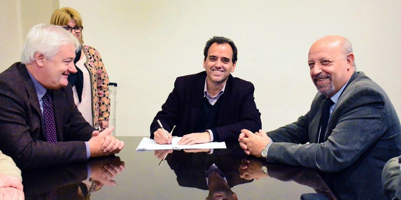 Se firmó el contrato con Autotrol S.A. por los servicios de alumbrado y semaforización
