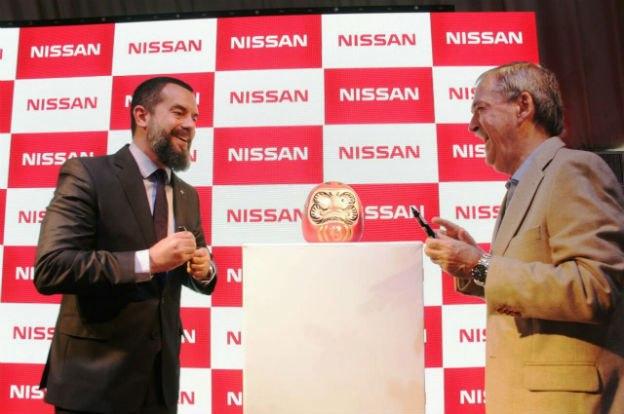 Schiaretti inauguró las nuevas oficinas de Nissan en Córdoba