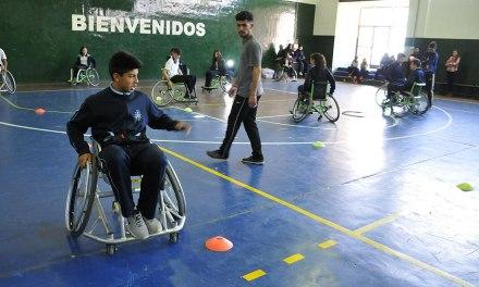 El básquet adaptado reunió a la UNRC con el Colegio La Merced