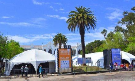 """Miles de personas visitaron la 13° Feria del Libro """"Juan Filloy"""""""