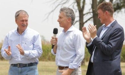 Macri y Schiaretti recorrieron obras en el este provincial