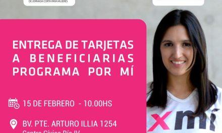 Entrega de tarjetas de débito del programa «Por Mí»
